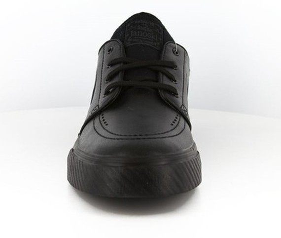 Nike SB Stefan Janoski Leather Blackout All Black Skate Shoes