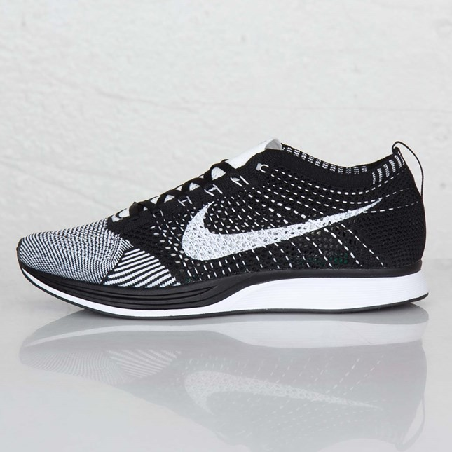 Nike Flyknit Racer 526628-011 Black/White/White Men's Running Shoes