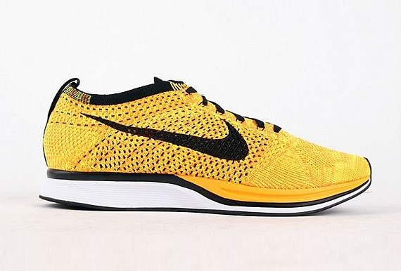 Nike Flyknit Racer Yellow Black White Men's Running Shoes