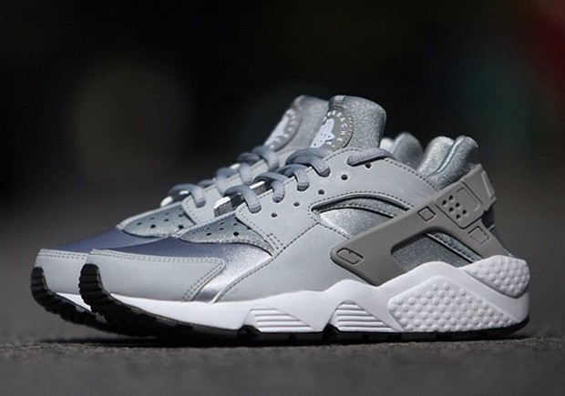 Nike WMNS Air Huarache Grey Neoprene Womens Running Shoes