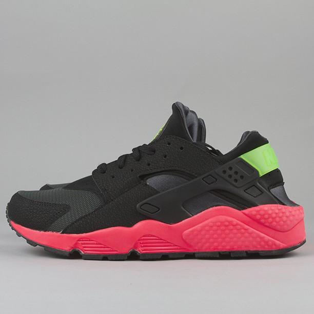 Nike Air Huarache LE Hyper Punch Black Green Red Men's Shoe