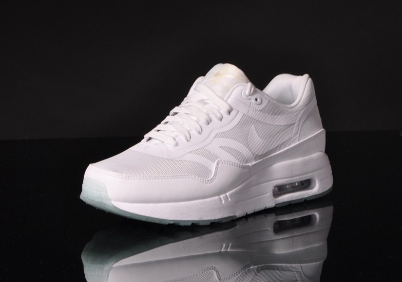 Nike WMNS Air Max 1 Premium Tape Comfort Glow In The Dark White Womens Casual Shoes