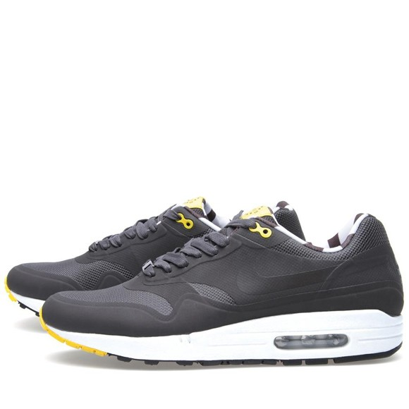 Nike Air Max 1 Hyperfuse QS Paris Fuse Home Turf Mens Running Shoes