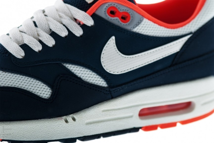 Nike Air Max 1 Essential Total Crimson Sail Squadron Blue Men's Shoe