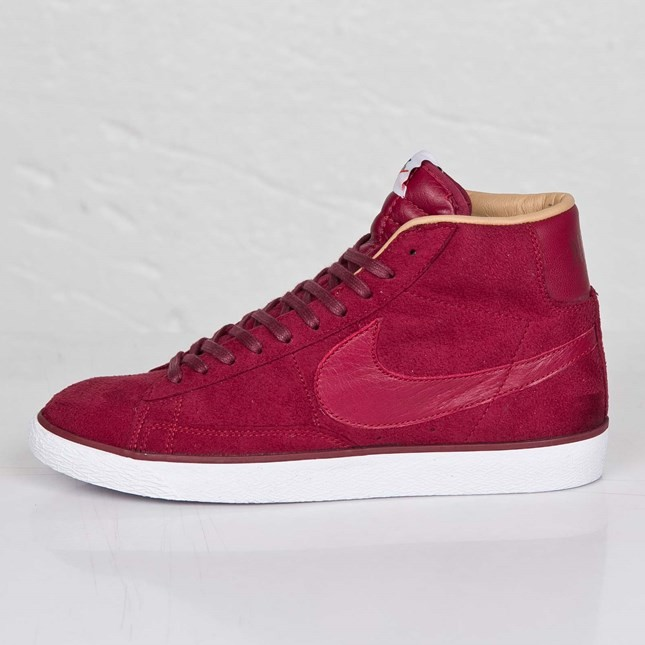 Nike Blazer High Sp Tonal Suede Pack 709659-661 Team Red White Beige Mens Laced Trainers