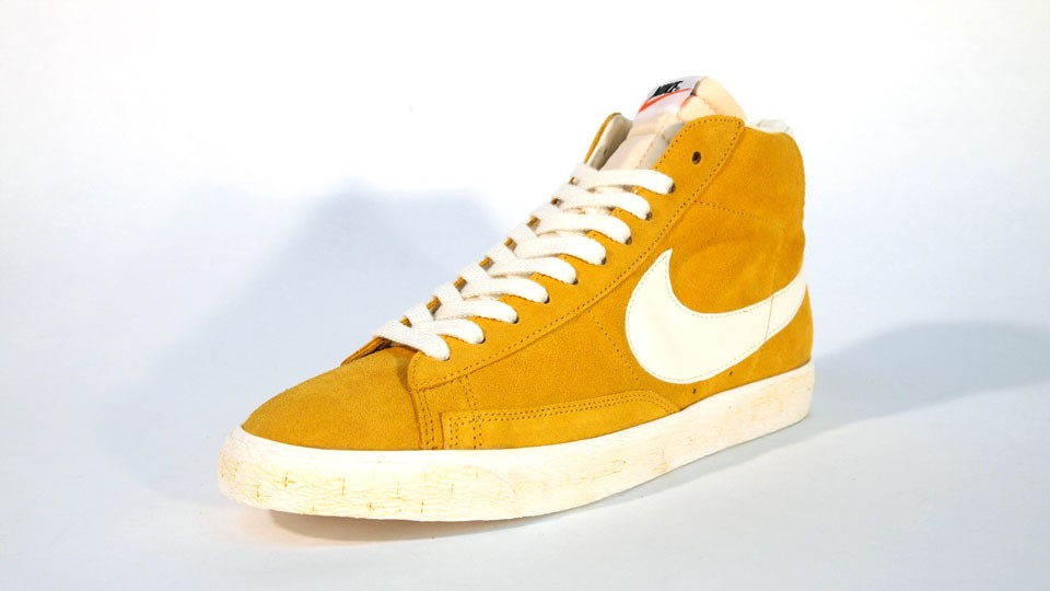 Nike Blazer High Suede Vintage QS 344344-700 Yellow White Mens Laced Trainers