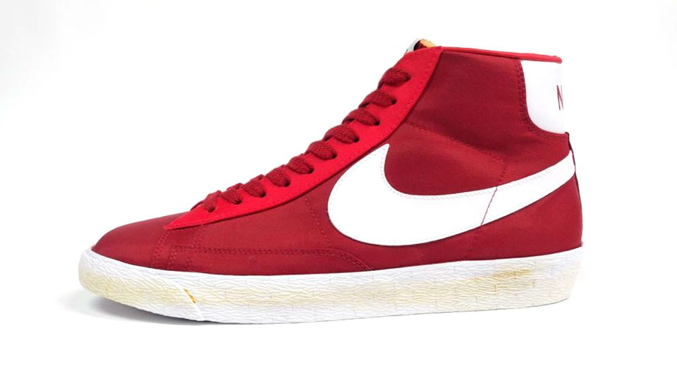 Nike Blazer High Vintage Canvas 375722-600 Red White Mens Laced Trainers