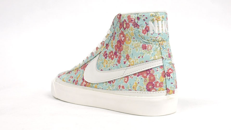 Nike WMNS Blazer Mid Liberty Fabric Pack Flower Print Colorful 403729-700 White Light Blue Multicolor Womens Sneaker Shoes