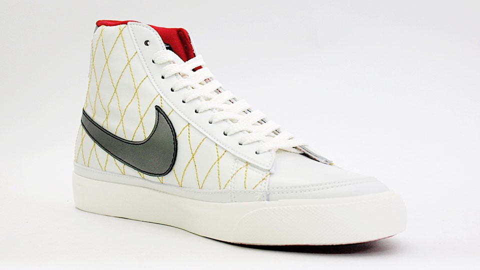 Nike WMNS Blazer Mid 09 ND 371761-102 White Silver Red Womens Shoes