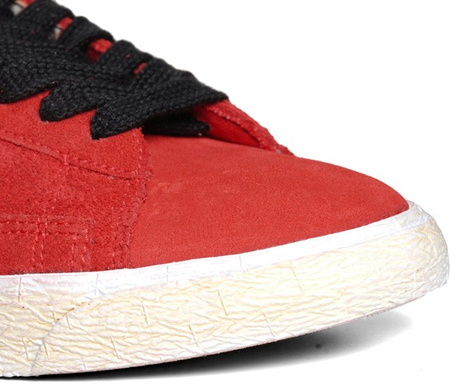 Nike WMNS Blazer Mid Vintage PRM Suede Fall 2012 Red Black Womens Sneakers