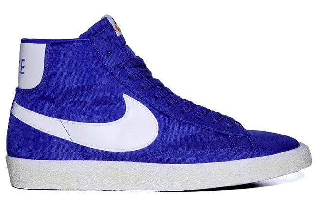 Nike WMNS Blazer Hi Vintage Nylon Royal Blue White Womens Laced Trainers
