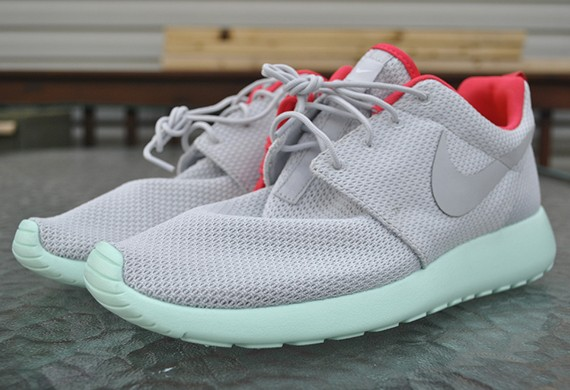 Nike Roshe Run Yeezy 2 Pure Platinum Mens and Womens Casual Shoes