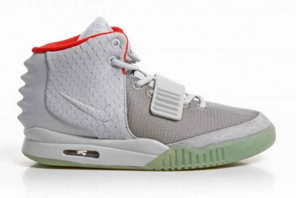 Nike Air Yeezy 2 Platinum NRG x Kanye West 508214-010 Wolf Grey Pure Platinum Sneakers Shoes Glow in the Dark
